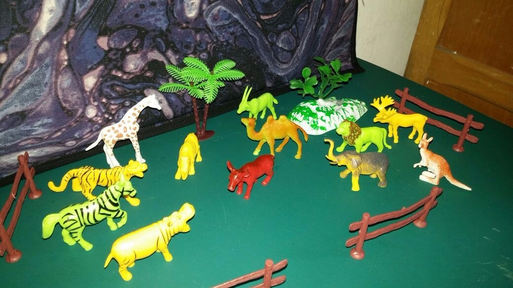 Animales Salvajes Selva Torta Souvenir Coleccion Maqueta - $ 250 ...