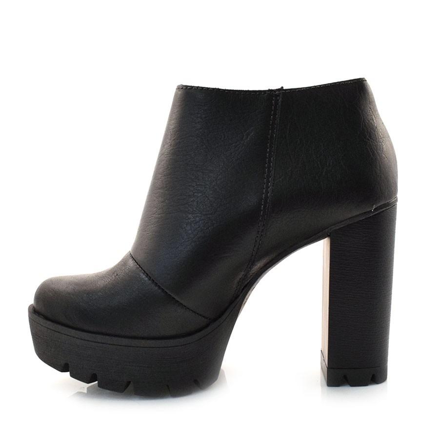 5d5b056b43 ankle boots de couro preto tanara - t2363 - vizzent calçados. Carregando  zoom.