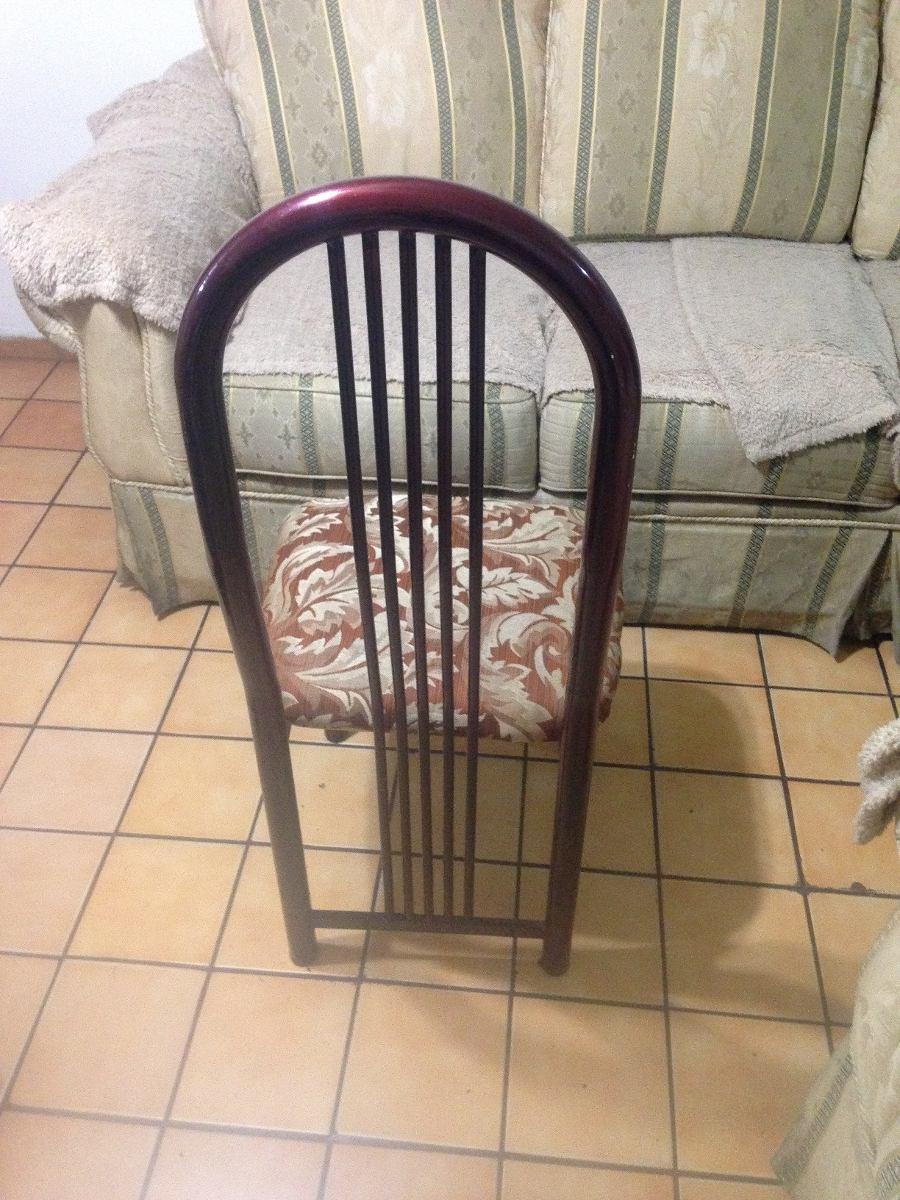 Antecomedor metallico de 6 sillas negociable 2 600 for Sillas para antecomedor