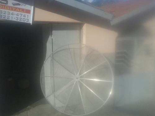 antenas parabolicas em geral.tambem temos pufes e baus.