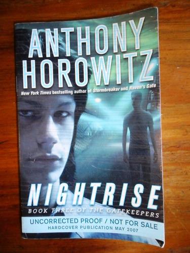 anthony horowitz en ingles .  nightrise usado