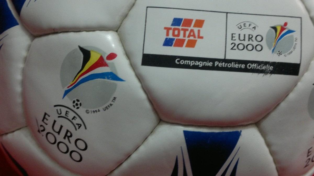 f71bfb5ca8 antiga bola futebol coleção raridade uefa euro copa 2000. Carregando zoom.