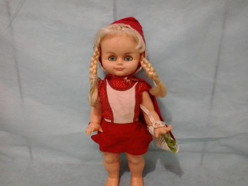 antiga boneca chapeuzinho vermelho atma