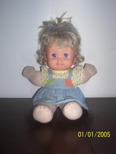 antiga boneca magic baby da estrela