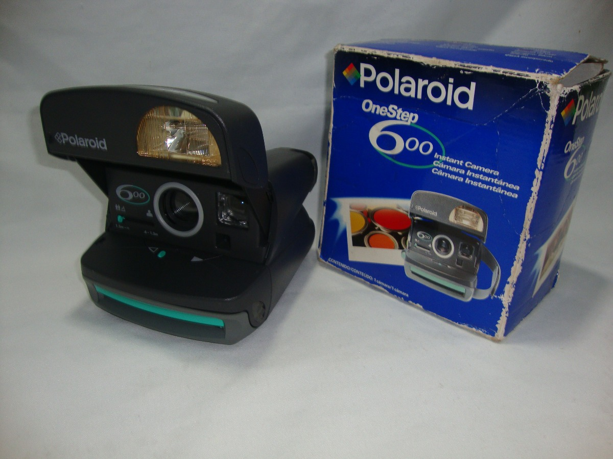 223bd4b8853d5 antiga camera polaroid 600 one step funcionando na caixa. Carregando zoom.
