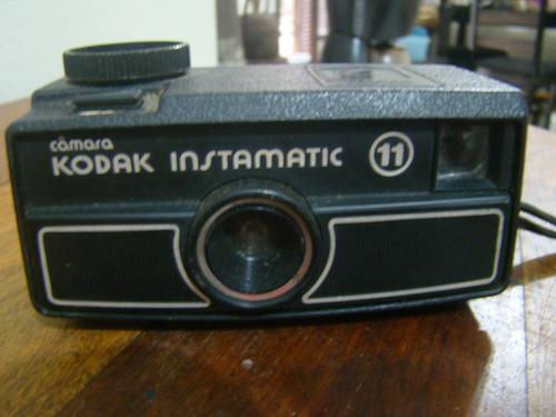 antiga câmera kodak instamatic 11
