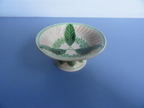 antiga e bela tigelinha com pé em porcelana japonesa