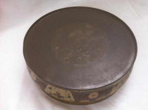 antiga lata de biscoitos duchen