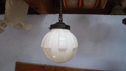 antiga luminária de teto art deco de 1920 em opalina