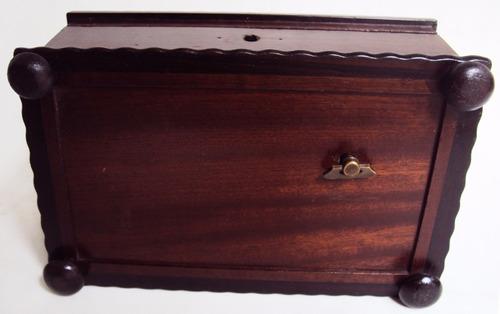 antiga madeira caixa