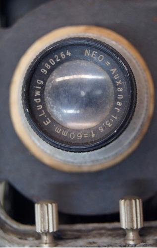 antiga máquina fotográfica e. ludwig