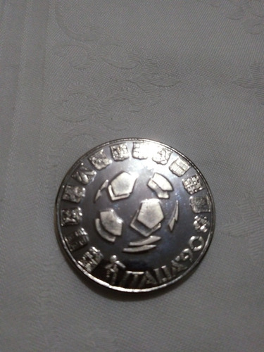 antiga medalha da copa do mundo 1990 italia