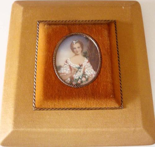 antiga pintura em miniatura s/ celuloide fig. dama 15x14cm