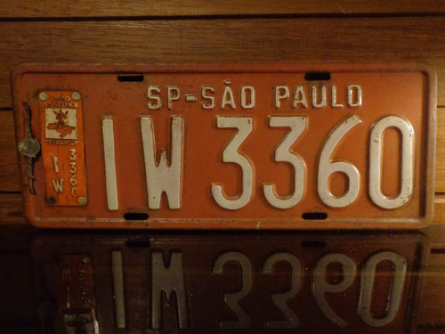 antiga placa automotiva vermelha sp - iw 3360
