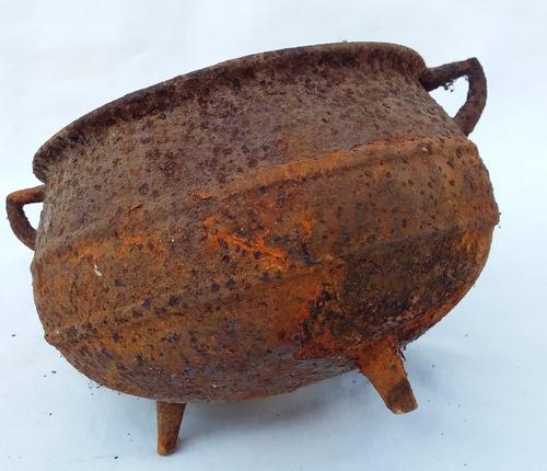 antigo caldeirao de ferro (cod.2074)