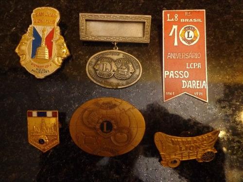 antigo conjunto de botons lions - r 2005