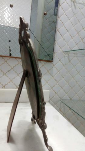 antigo espelho de toucador em bronze.