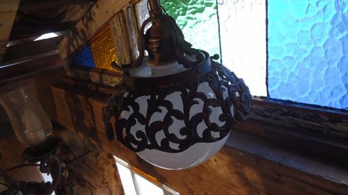 antigo globo com suporte em bronze