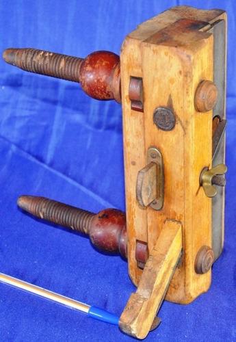 antigo guilherme alemão. ferramenta de marceneiro