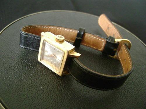 antigo relógio de pulso feminino tressa a corda