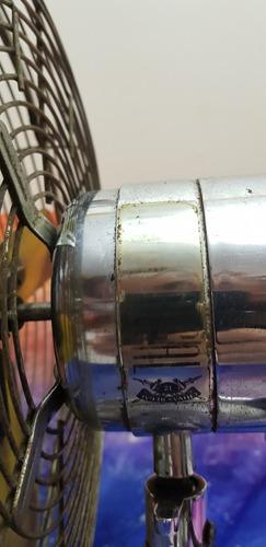 antigo ventilador todo em metal whisky chivas regal raro