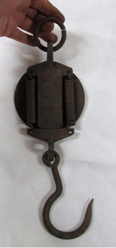 antigua balanza salter's, frente bronce, redonda