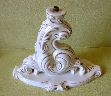 antigua  base de lampara de porcelana alemana