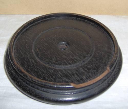 antigua base madera japan lisa p/exhibir jarron c/peq falla