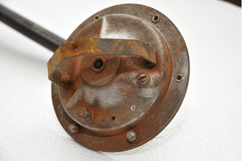 antigua bocina de vehículo