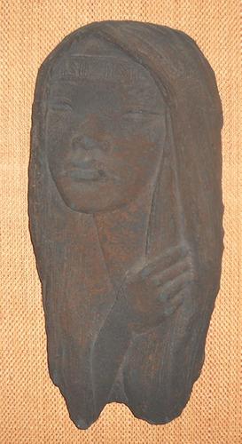antigua cabeza de mujer para colgar