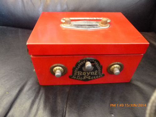 antigua caja ancancia juguete lata marca royal japon