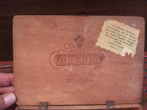 antigua caja cigarros oberon 25 medias coronas  vintage