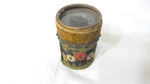 antigua caja de fósforos importados muy linda y decorativa