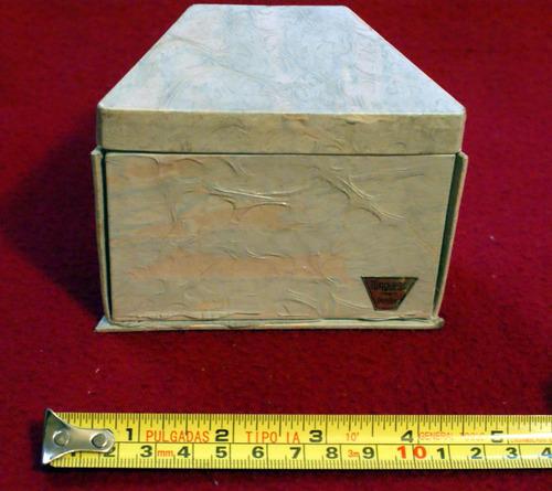 antigua caja de perfume turquesa denise con espejos