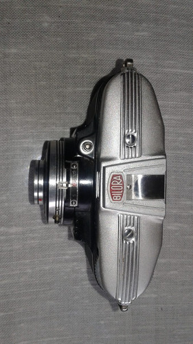 antigua cámara fotografíca alemana bilora modelo bella .