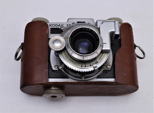 antigua cámara fotográfica kodak 35 rangefinder