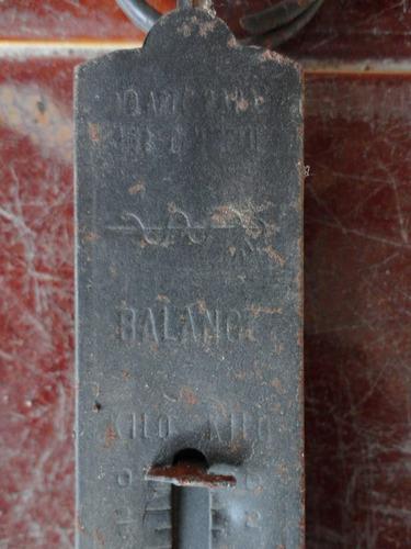 antigua colgante balanza