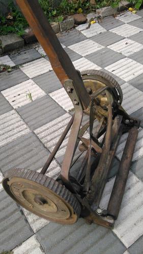 antigua cortadora de cesped ginge