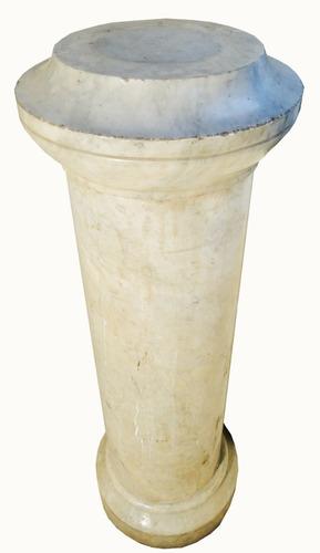 antigua e importante columna pedestal de mármol blanco