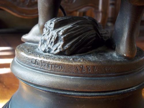 antigua escultura en petit bronce