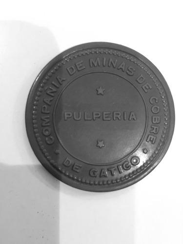 antigua ficha ebonita minera cobre de gatico $5 verde 45 mm