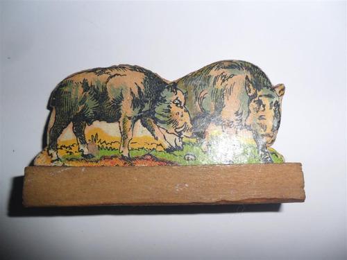 antigua figura madera figurita cerdo jabali granja juguete