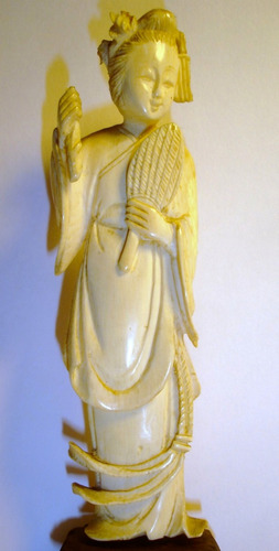 antigua figura  oriental altura 15 cm (3857p)