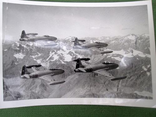 antigua foto avion fach f80 fuerza aerea chile