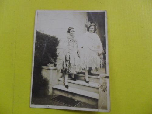 antigua foto fotografia vestido regional manton peineta