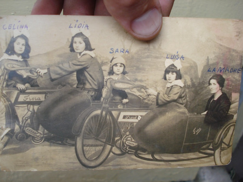 antigua foto postal bici motos con sidecar