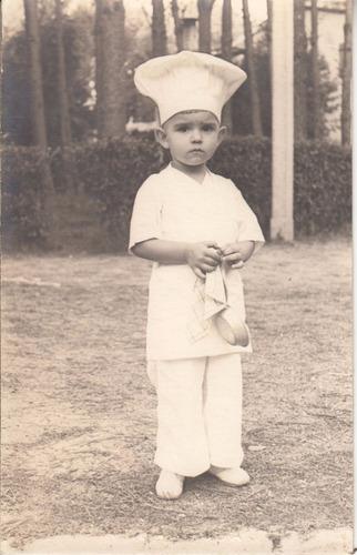 antigua fotografia niño cocinero winkler atlantida vintage