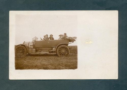 antigua fotopostal auto antiguo . tipo 1 .