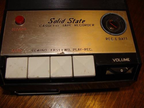 antigua grabadora marca muskat a pilas