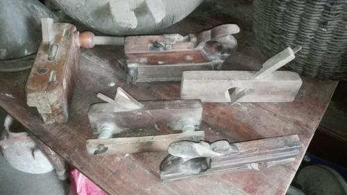 antigua herramienta carpintera